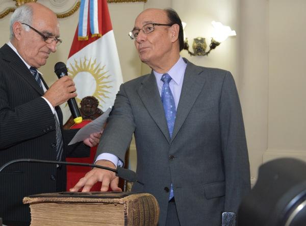 Legislador Oscar F. González