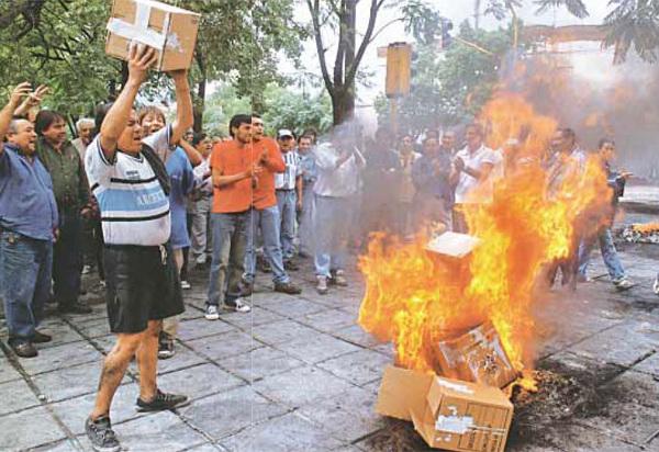 Quema de urnas en Catamarca